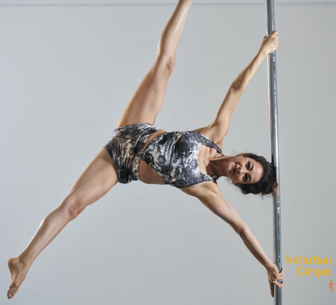 Spectacle-pole-dance-1