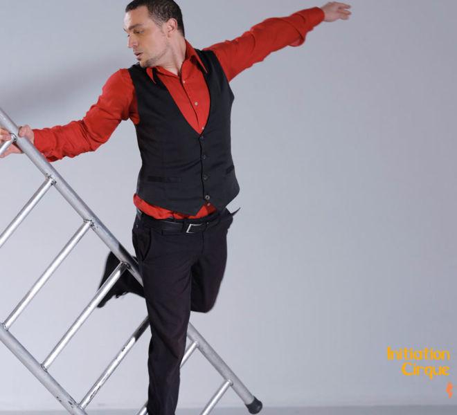 spectacle-echelle-acrobatique-4
